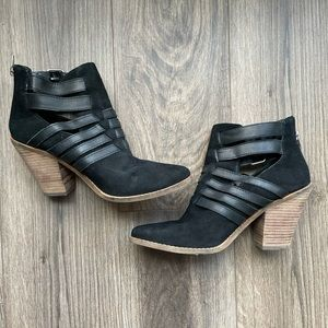 10 DOLCE VITA Suede Ankle Boots
